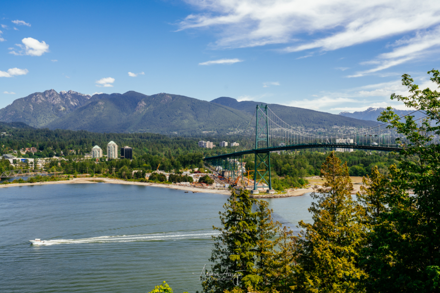 Lion's Gate Bridge in Vancouver, BC
