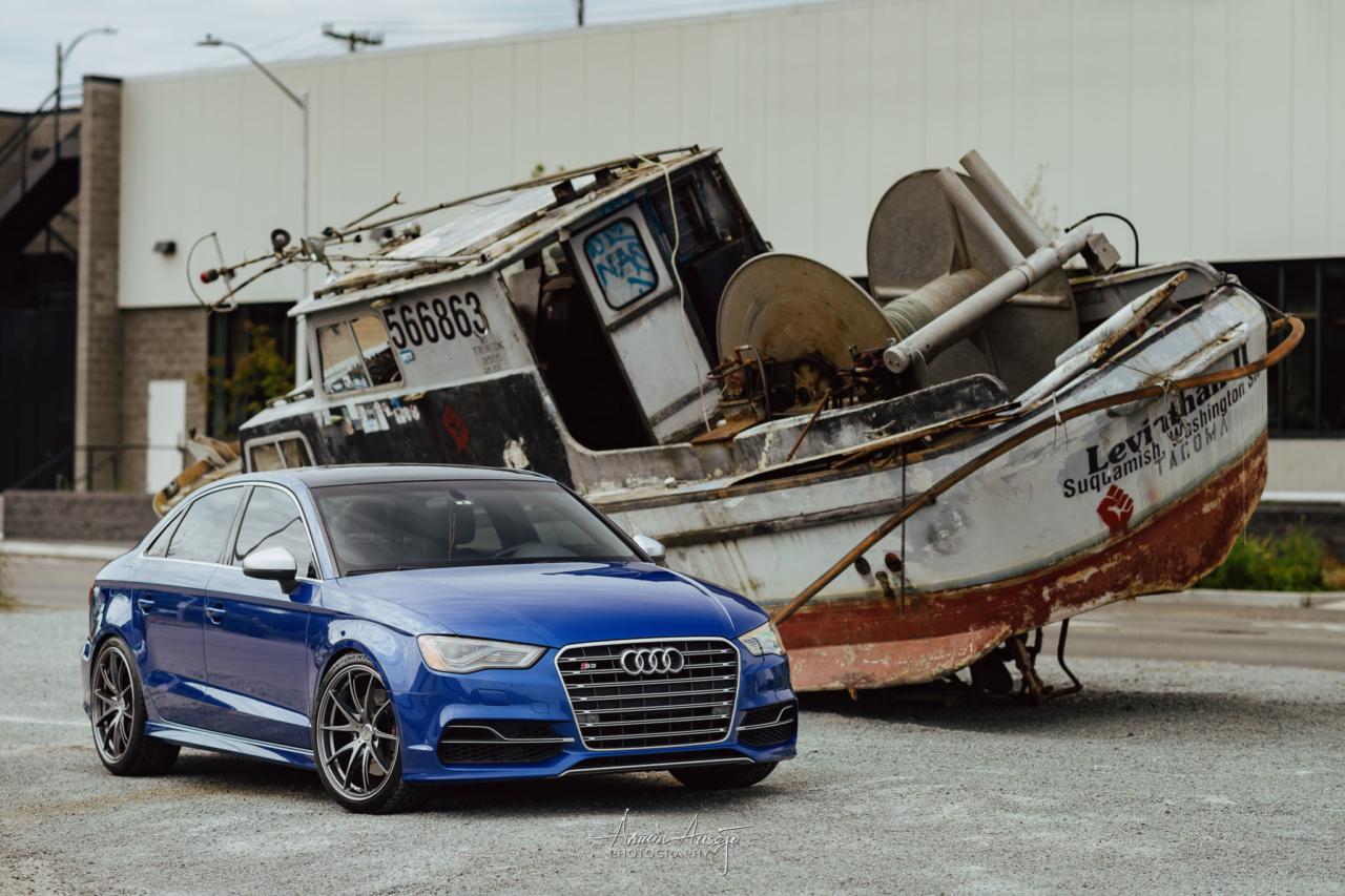 Ella and a boat in Ballard, June 2020