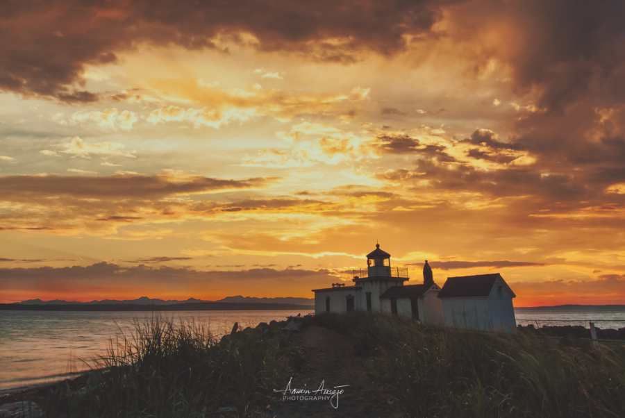 Discovery Park Lighthouse at Sunset, 2006