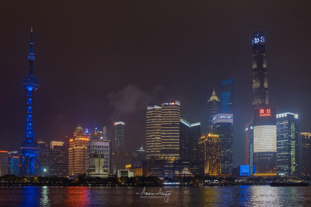 Shanghai Skyline at Night, 2018